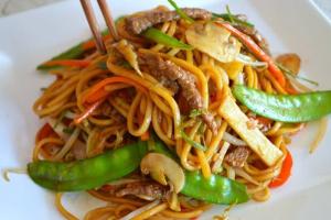 233. Beef Lo Mein - delivery menu