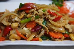 110. Gai Himmaparn - delivery menu