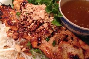B7. Bun Ga Nuong - delivery menu