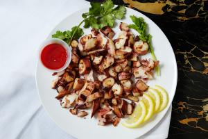 Octopus in Garlic Sauce - delivery menu