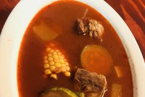 Sopa de Mole Rojo de Res - delivery menu