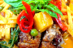 Crispy Duck Curry - delivery menu