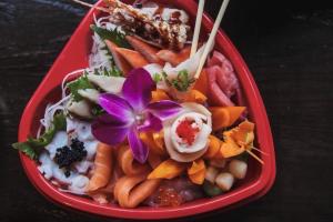 July 4th Sashimi Heart-Shaped Tray - delivery menu