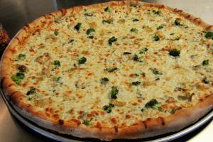 The White Delight Pizza - delivery menu