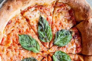 Classic Margherita Pizza - delivery menu