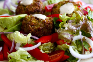 Falafel with Salad - delivery menu