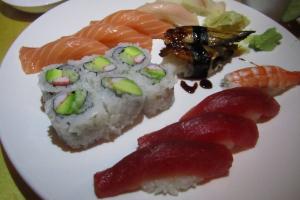 Aquarium Sushi - delivery menu