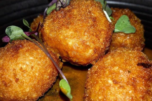 Crispy Rice Balls Plate - delivery menu
