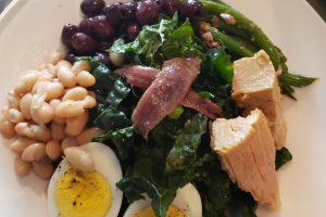 Kale Tuna Nicoise Salad Brunch - delivery menu