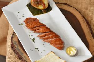 Chorizo Arepa y Papa con Hagao - delivery menu
