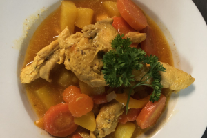 Chicken Stew with yellow or white rice - delivery menu
