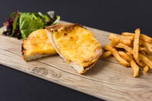 Lunch Croque Monsieur Sandwich - delivery menu
