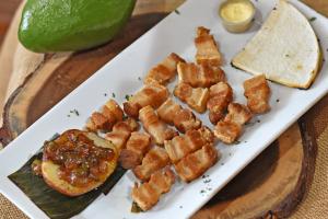 Chicharron Arepa y Papa con Hagao - delivery menu