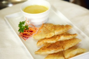 14. Roti with Curry ( one type of curry ) & ( only one sauce ) - delivery menu