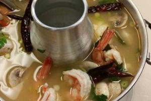 Tom Yum Seafood (Pho Tak) - delivery menu