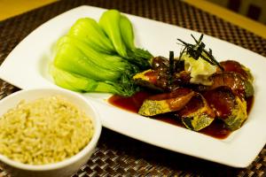 E5. Thai Style Tofu Wrap - delivery menu