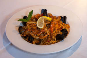 Linguine White Clams - delivery menu