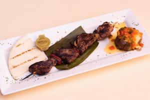 Morcilla Arepa y Papa con Hagao - delivery menu