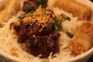 B5. Bun Cha Gio Bo Lui - delivery menu