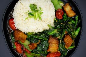 SN8. Kale with Crispy Pork - delivery menu