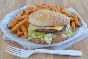 Cheeseburger - delivery menu
