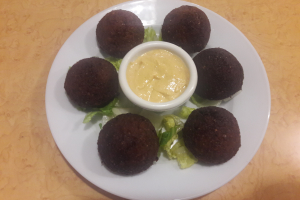 Falafel Balls Salad - delivery menu