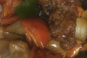 33. Beef with Tomato and Green Pepper - delivery menu