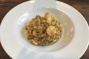 8. Chaufa de Quinoa con Mariscos - delivery menu