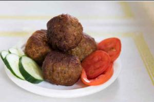 3 Meatballs and Pita - delivery menu
