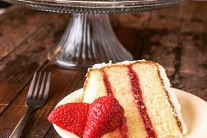 Whole Strawberry Shortcake Cream Cake - delivery menu