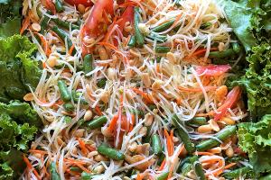 Papaya Salad Tray - delivery menu