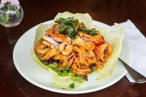 Crispy Calamari Salad - delivery menu