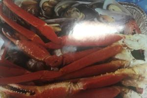 B. 1 lb. Snow Crab Leg+10 ps jumbo shrimps+6clam+6crab+6mussle - delivery menu