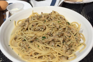 Linguine with Clam Sauce - delivery menu