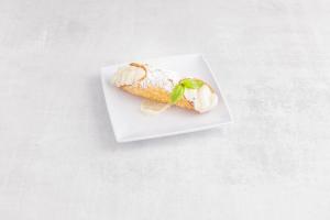 Cannoli - delivery menu