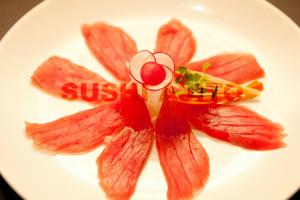 Seared Tuna Sashimi - delivery menu