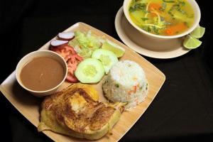 Pollo Asado con Sopa Pequena - delivery menu