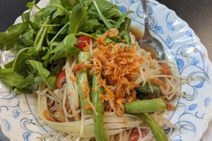 15. Green Papaya Salad - delivery menu