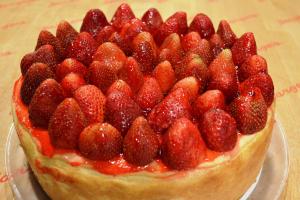 Fresh Strawberry Cheesecake - delivery menu