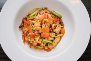 47. Cashew Chicken - delivery menu
