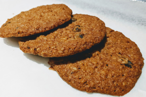 Extra Crispy Cookie - Oatmeal Raisin - delivery menu
