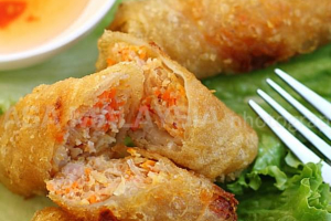 A1. Two Viet Aroma Crispy Spring Rolls (2) - delivery menu