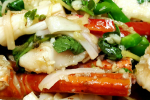 81. Seafood with Basil Leaves - delivery menu