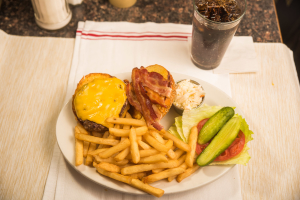 Brooklyn Burger Deluxe - delivery menu