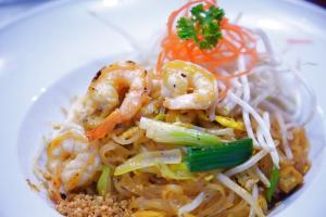 71. Pad Thai Noodles - delivery menu