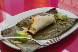 Tamales Guatemaltecos de Pollo - delivery menu