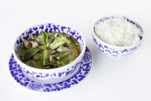 Kaeng Keiw Wann with Beef - delivery menu