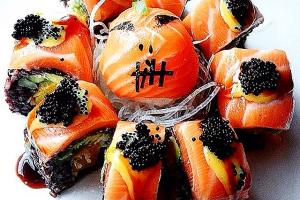 Smashing Pumpkins Roll - delivery menu