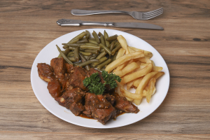 Brown Stew Chicken Dinner Combo - delivery menu
