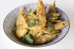 Goong Tod Kratiem Prik Thai Plate - delivery menu
